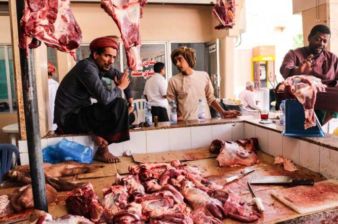 なぜイスラム教徒は豚を食べないのか?