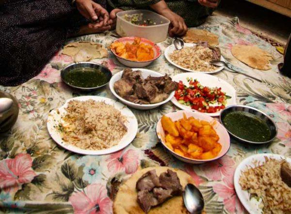 エジプトの家庭のモロヘイヤ・スープ