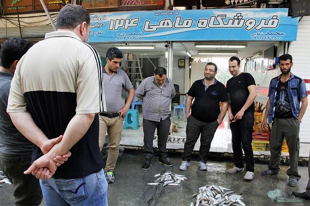 イランの魚の競り