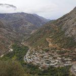 イラン・クルディスタンの村でヒッチハイク