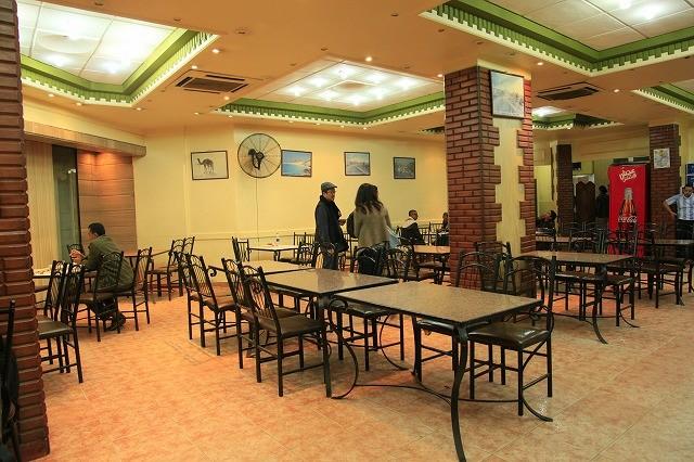 カイロ・ドッキ地区のイエメン・レストラン<Yemen restaurant>