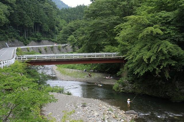 群馬県上野村の楽しみ方<川遊びと旧黒澤家住宅>