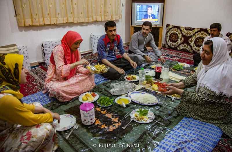 イランの食卓 イランの家庭料理