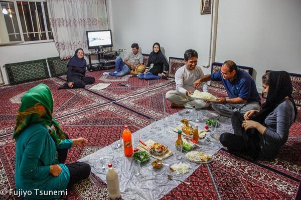 iran-qorveh-10