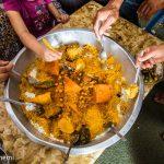 【チュニジア家ごはん】国民食クスクス。大皿に盛った料理をみんなで囲んで食べる幸せ
