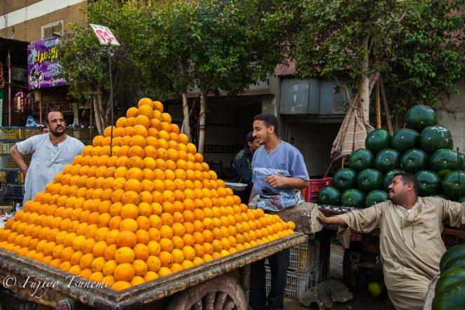 エジプトのオレンジ売り