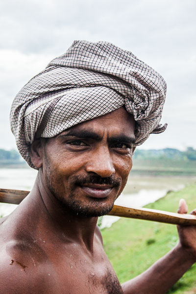 バングラデシュの漁師