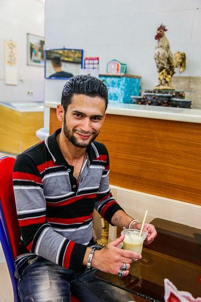 イラン男性