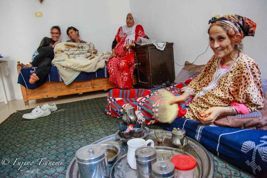チュニジア女性