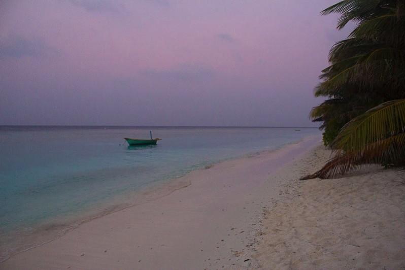 ウクラス島の夕暮れ