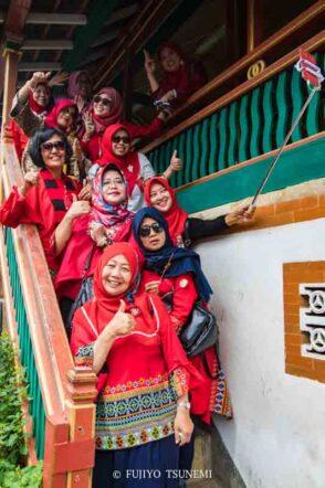 イスラム女性のファッション インドネシア女性