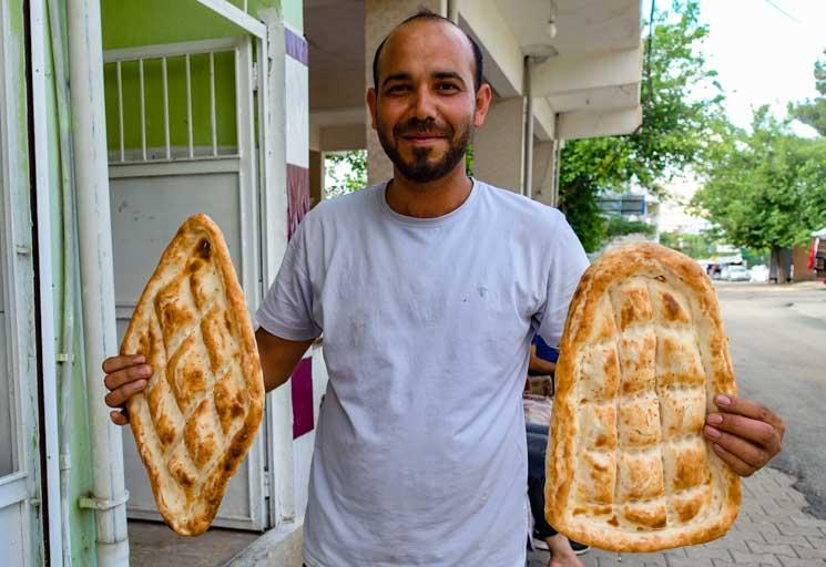 中東料理・トルコのパン