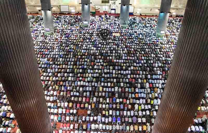 イスラム イスラム教 モスク 礼拝